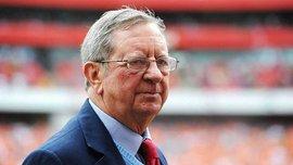 Помер екс-президент Арсенала Хілл-Вуд – при ньому прийшов Венгер, а клуб здобув останній чемпіонський титул