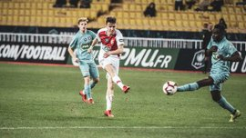 Кубок Франции: Монако вылетел от Метца, Тулуза в серии пенальти переиграла Реймс