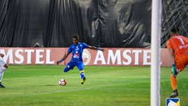 В Кубке Либертадорес эквадорский футболист Рохас выполнил впечатляющий финт против команды экс-карпатовца Эрбеса