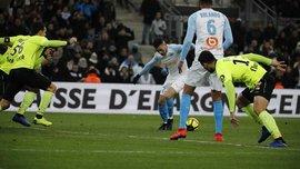 Лілль здолав Марсель у матчі, який переривався на півгодини через фанатів – Балотеллі дебютував голом