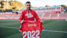 Стуани, которым интересовалась Барселона, продлил контракт с Жироной