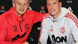 Джонс продовжив контракт з Манчестер Юнайтед