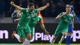 Пісарро став найстаршим автором гола в Бундеслізі, на 90+6 врятувавши Вердер від поразки в матчі з Гертою