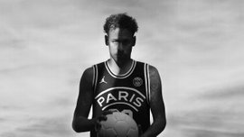Неймар головою підкорював баскетбольний тренажер – відео дня