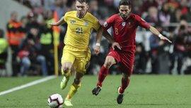 Моутинью: Нужно похвалить вратаря сборной Украины