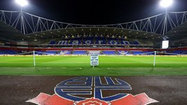 Игроки Болтона бойкотируют тренировки из-за невыплаты зарплат