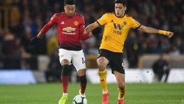 Манчестер Юнайтед проиграл Вулверхэмптону, Уотфорд разгромом отправил Фулхэм в Чемпионшип: 33-й тур АПЛ, матчи вторника