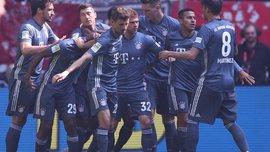 Аугсбург на виїзді переміг Айнтрахт, Баварія розгромила Фортуну: 29-й тур Бундесліги, матчі неділі