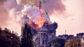 Нотр-Дам де Парі у вогні: як футбольний світ оплакує трагедію легендарного Собору