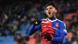 Самбрано, який належить Динамо, заявив про бажання залишитись у Базелі