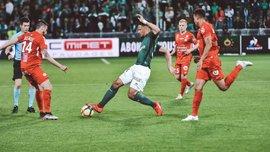 Монпелье в матче с двумя удалениями победил Сент-Этьен