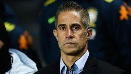 Экс-игрок Барселоны Силвиньо может возглавить Лион, легендарный Жуниньо станет спортивным директором