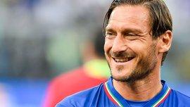 Тотті вміє мститись: Франческо у міні-футбольному матчі покарав суперника за піжонство класним голом