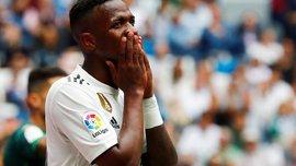 Роналдо хочет использовать свои связи в Реале, чтобы арендовать Винисиуса