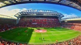 VAR не будет показан болельщикам на домашних матчах Ливерпуля и Манчестер Юнайтед