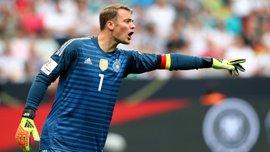 """Нойєр побив """"вічний"""" рекорд легендарного Майєра в збірній Німеччини"""