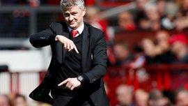 Гарі Невілл радить Сульшеру зважитися на складні рішення у Манчестер Юнайтед