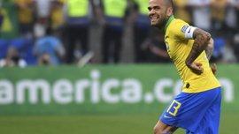 Интер хочет подписать контракт с Дани Алвесом – Конте лично заинтересован в переходе бразильца