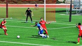 Приштина с Даллку в составе в скандальном матче с тремя удалениями уступила Сент-Джозефса