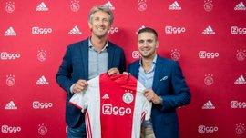 Тадич продлил контракт с Аяксом и забронировал себе место в тренерском штабе клуба
