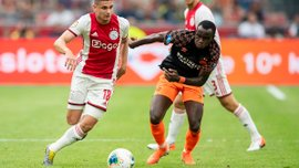 Неймовірний дальній постріл Блінда у відеоогляді матчу за Суперкубок Нідерландів Аякс – ПСВ – 2:0