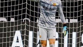 Нето сломал запястье и не поможет Барселоне на старте сезона
