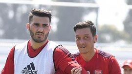 Озіл та Колашинац повернулись до тренувань після загроз їхній безпеці