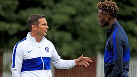 Челси предложит Абрахаму новый контракт – зарплата форварда может вырасти вдвое