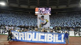 """Лаціо – Рома: гравцям """"орлів"""" рекомендують утриматись від святкування голів біля своїх фанатів"""