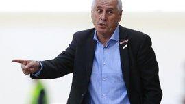 Тренер збірної Косова шокував запальною прес-конференцією перед матчем з Англією – у журналістів волосся стало дибки