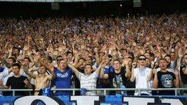 Динамо – СК Дніпро-1: ультрас киян зірвали банер одного з телеканалів Медведчука