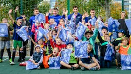 Гравці київського Динамо відвідали дитячий будинок