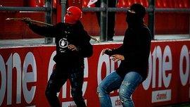Олимпиакос U-19 – Бавария U-19: греческие фанаты устроили жестокую драку