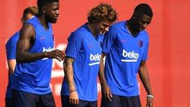 Барселона отправилась на матч с Леванте без двух французских звезд
