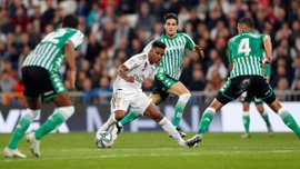 """Сенсаційна втрата очок """"вершковими"""" у відеоогляді матчу Реал – Бетіс"""