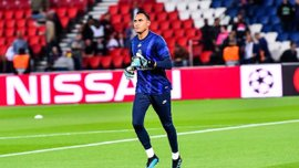 Навас получил травму и пропустил матч против Бреста – за ПСЖ дебютировал Серхио Рико