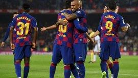 Барселона представила новый комплект формы – яркий дизайн в цветах Каталонии
