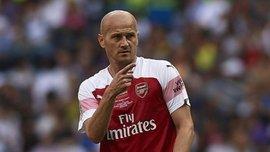 Екс-гравець Арсенала: Нам підіслали моделей, щоб виснажити перед матчем з Локомотивом