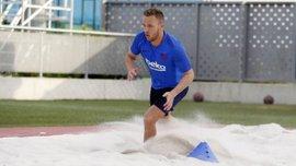 Барселона – Реал: травмированый Артур покатался на сноуборде и ухудшил свое состояние