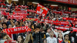 Бенфіка зібрала 20 тисяч фанів на першому тренуванні у новому році – атмосферне відео від суперника Шахтаря