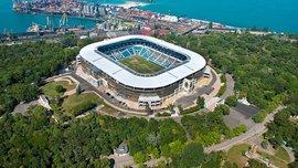 Шторм повредил фасад стадиона Черноморец