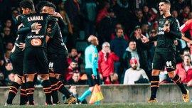 Игрокам Марселя запретили праздновать голы объятиями