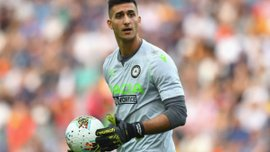 Интер и Милан поборются за перспективного голкипера – агент игрока назвал фаворита