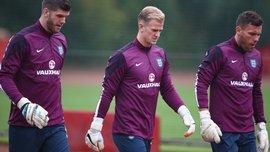 Селтик выбирает голкипера среди трех звезд чемпионата Англии, – СМИ
