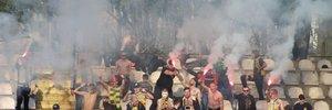 Фаны Полесья во время матча попали петардой в футболиста Вереса – полиции пришлось усмирять болельщиков силой