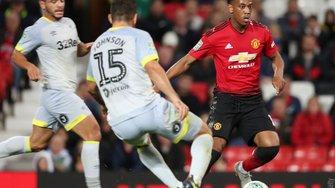 Кубок английской Лиги: Манчестер Юнайтед сенсационно уступил Дерби Каунти Лэмпарда в серии пенальти