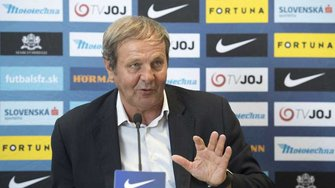 Тренер сборной Словакии Козак подал в отставку после поражения от Чехии в Лиге наций