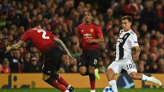 Лига чемпионов: Ювентус на выезде обыграл Манчестер Юнайтед, Аякс вырвал победу у Бенфики