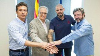 Вальдес офіційно повернувся в Барселону