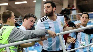 ЧМ-2018: семь аргентинских болельщиков задержаны после жестокой драки во время матча